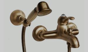 izgotovlennye-bronzy-smesiteli-vannoj-4